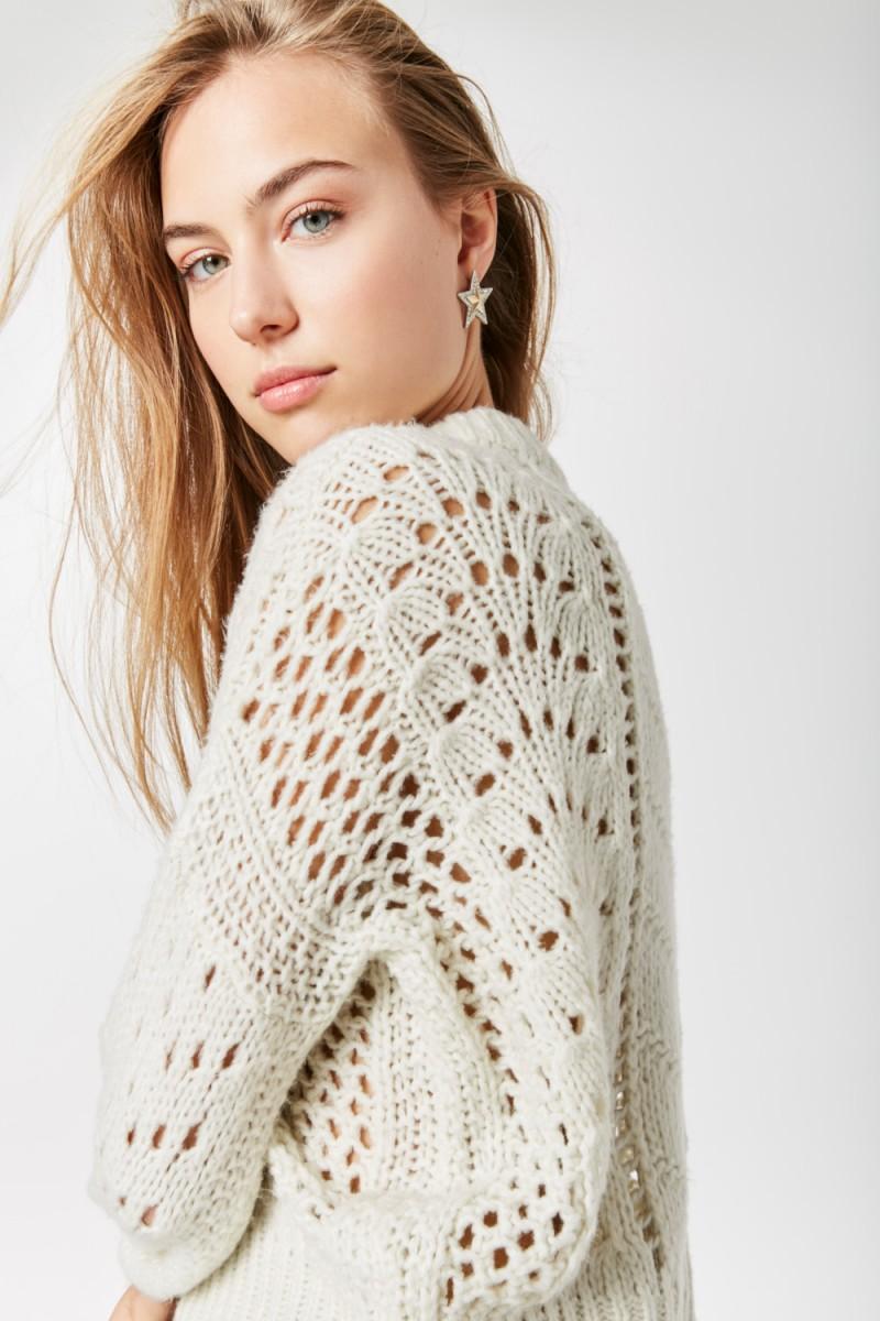 Sweater Denahi Ar