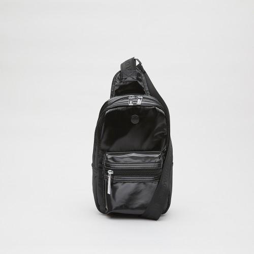 Mochila Powell nylon laminado negro