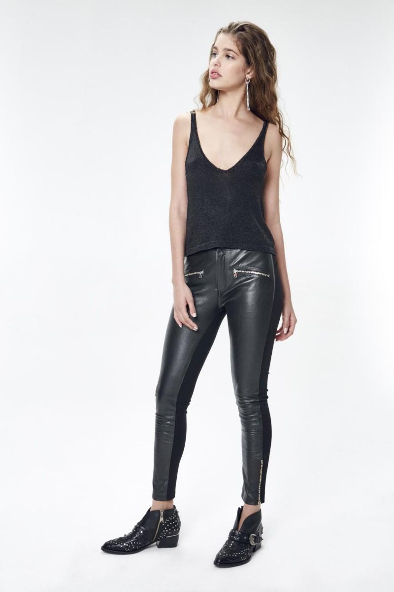 Pantalón Metal Cuero