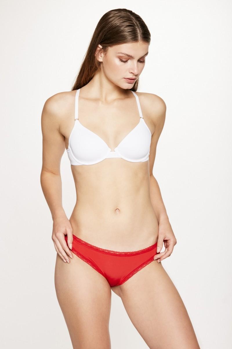 Bikini Lola