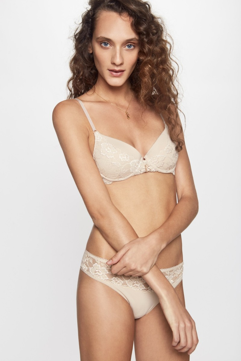 Taza Soft Glam Lace