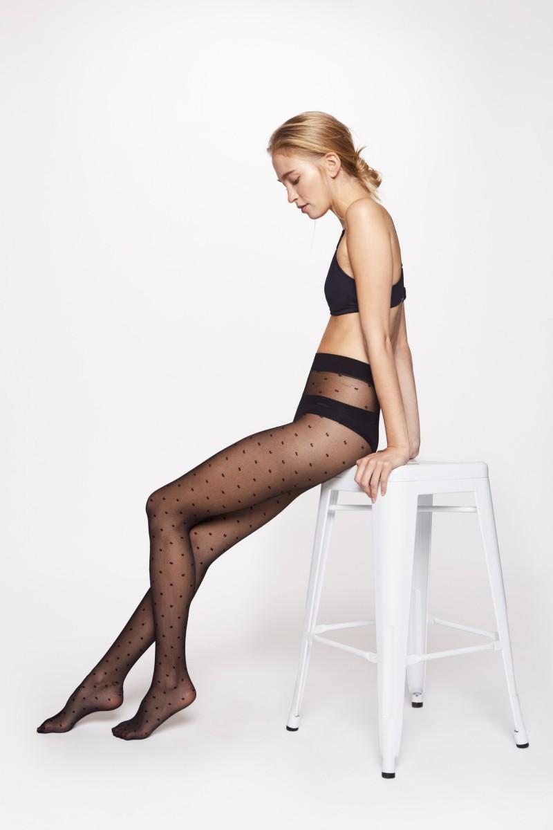 Panty translúcida