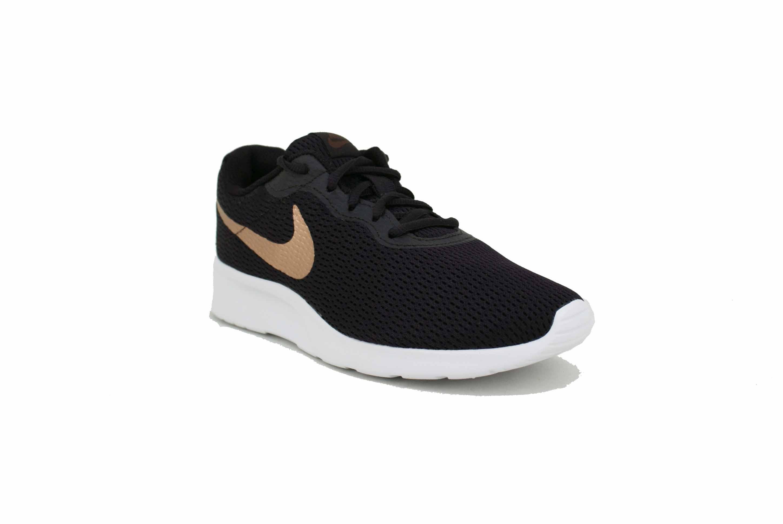 crema Grabar mar Mediterráneo  Zapatilla Nike Tanjun Negro/Dorado Dama Deporfan - Zapatillas - Mujeres -  E-Shop